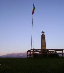 monumentul eroilor sirnea