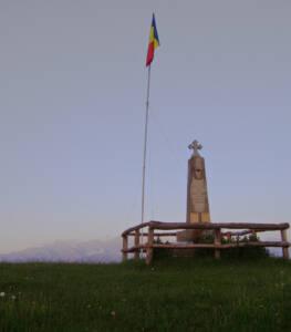 Monument Sirnea-1